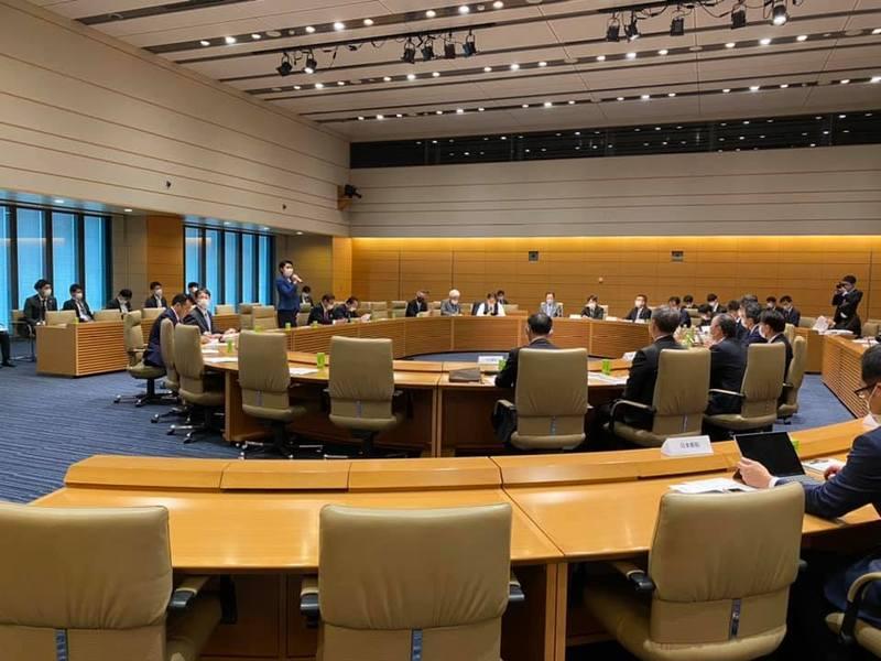 水素社会推進議員連盟総会に出席しています。
