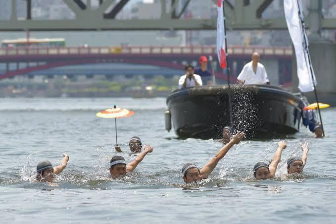 【隅田川と日本泳法】都内での聖火リレーが中止…隅田川での日本泳法による聖火リレーも…