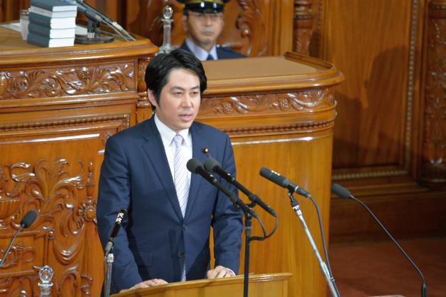 2015.6.22 本会議登壇 「会期延長反対討論」